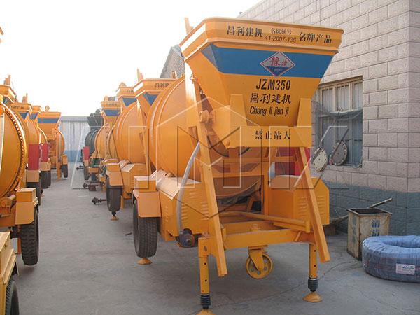 Бетономешалка-передвижная-JZM-350