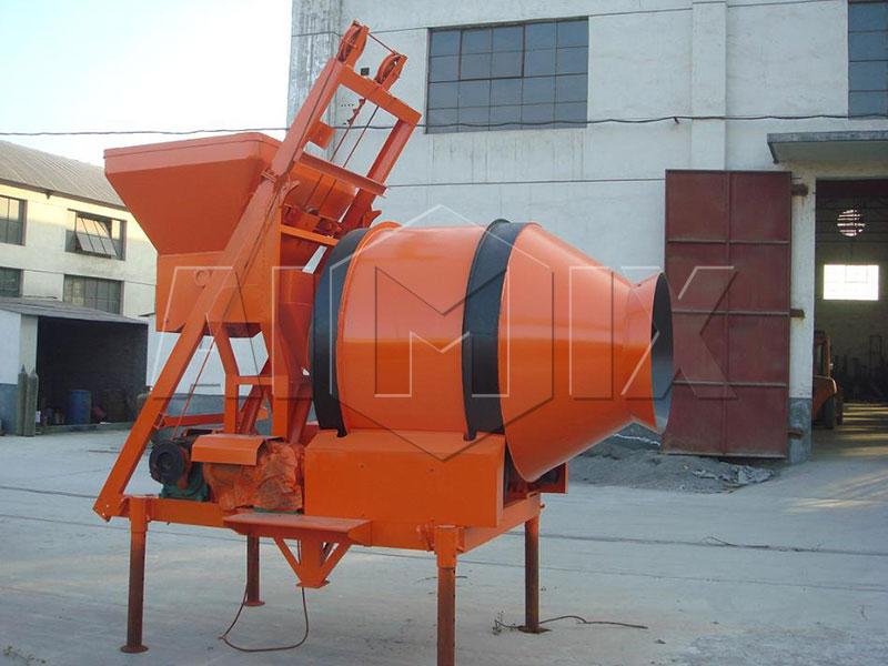 Бетономешалка-передвижная-JZM-500