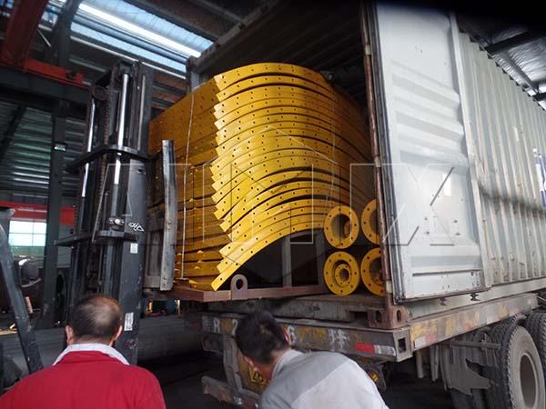 Болтовый цементный силос поставляется в Индонезии