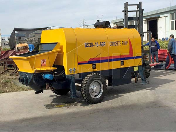 BS30-10-56R Дизельный прицепной бетононасос был отправлен в Сингапур