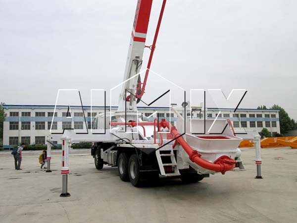 Мобильный бетононасос купить от производиля Китая
