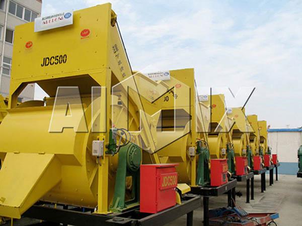 Одновальный-бетоносмеситель-JDC-500
