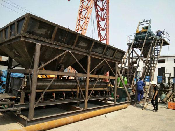 Aimix бетонный завод HZS 25 был отправлена на Узбекистан