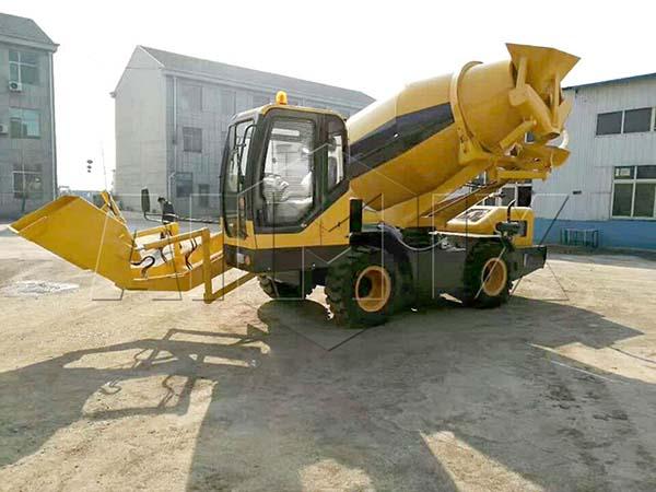 самоходный бетоносмеситель 3.5 м³ был экспортирован на Вьетна