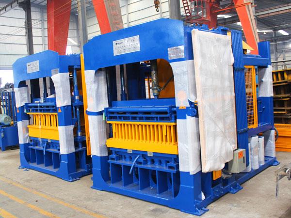 QT12-15 оборудование для производства кирпича